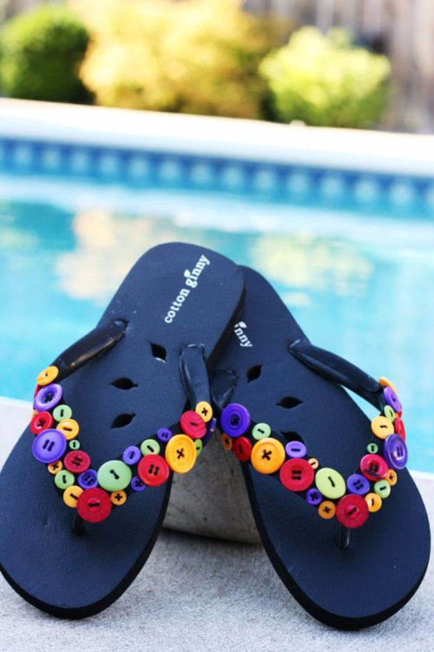 DIY Projects and Crafts Made With Buttons - Funky Button Flip Flops - Easy and Quick Projects You Can Make With Buttons - Cool and Creative Crafts, Sewing Ideas and Homemade Gifts for Women, Teens, Kids and Friends - Home Decor, Fashion and Cheap, Inexpensive Fun Things to Make on A Budget