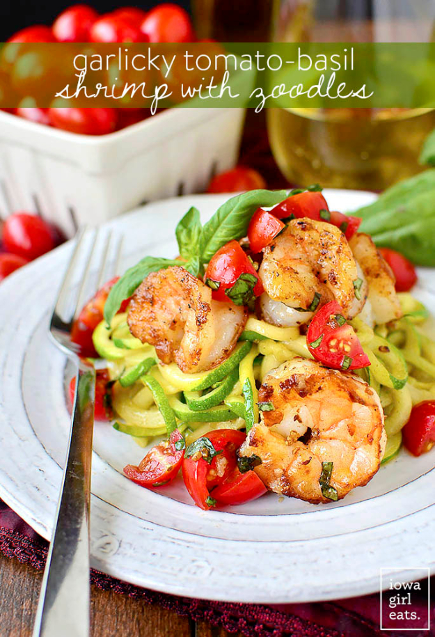 Quick and Healthy Dinner Recipes - Garlicky Tomato-Basil Shrimp with Zoodles - Easy and Fast Recipe Ideas for Dinners at Home - Chicken, Beef, Ground Meat, Pasta and Vegetarian Options - Cheap Dinner Ideas for Family, for Two , for Last Minute Cooking #recipes #healthyrecipes