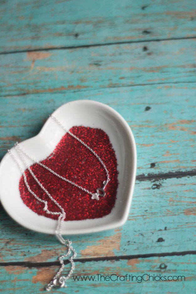 DIY Valentine Decor Ideas - Glittery Valentine Candy Dish - Cute and Easy Home Decor Projects for Valentines Day Decorating - Best Homemade Valentine Decorations for Home, Tables and Party, Kids and Outdoor - Romantic Vintage Ideas - Cheap Dollar Store and Dollar Tree Crafts