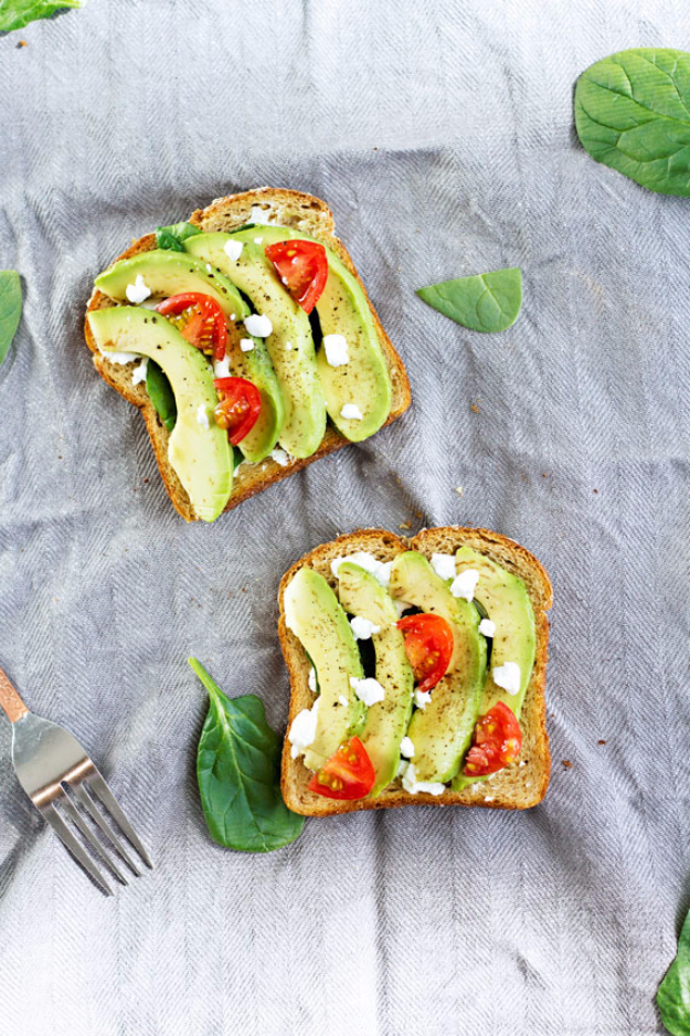 Healthy Lunch Ideas for Work - Grilled Avocado GOat Cheese Toast - Quick and Easy Recipes You Can Pack for Lunches at the Office - Lowfat and Simple Ideas for Eating on the Job - Microwave, No Heat, Mason Jar Salads, Sandwiches, Wraps, Soups and Bowls http://diyjoy.com/healthy-lunch-ideas-work
