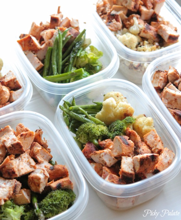 Healthy Lunch Ideas for Work - Grilled Chicken Veggie Bowls - Quick and Easy Recipes You Can Pack for Lunches at the Office - Lowfat and Simple Ideas for Eating on the Job - Microwave, No Heat, Mason Jar Salads, Sandwiches, Wraps, Soups and Bowls
