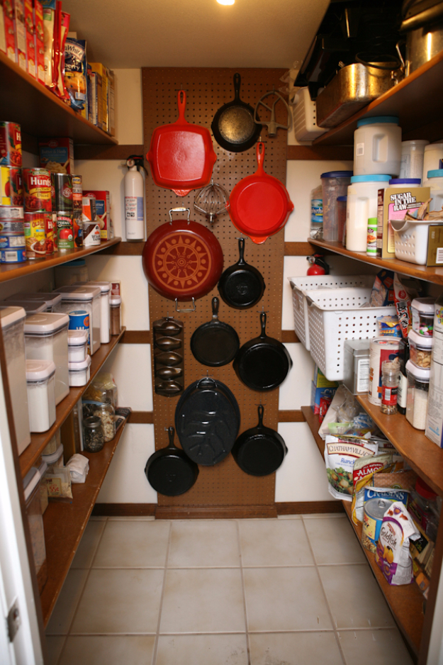 DIY Organizing Ideas for Kitchen - Hang 'Em In Your Pantry - Cheap and Easy Ways to Get Your Kitchen Organized - Dollar Tree Crafts, Space Saving Ideas - Pantry, Spice Rack, Drawers and Shelving - Home Decor Projects for Men and Women http://diyjoy.com/diy-organizing-ideas-kitchen
