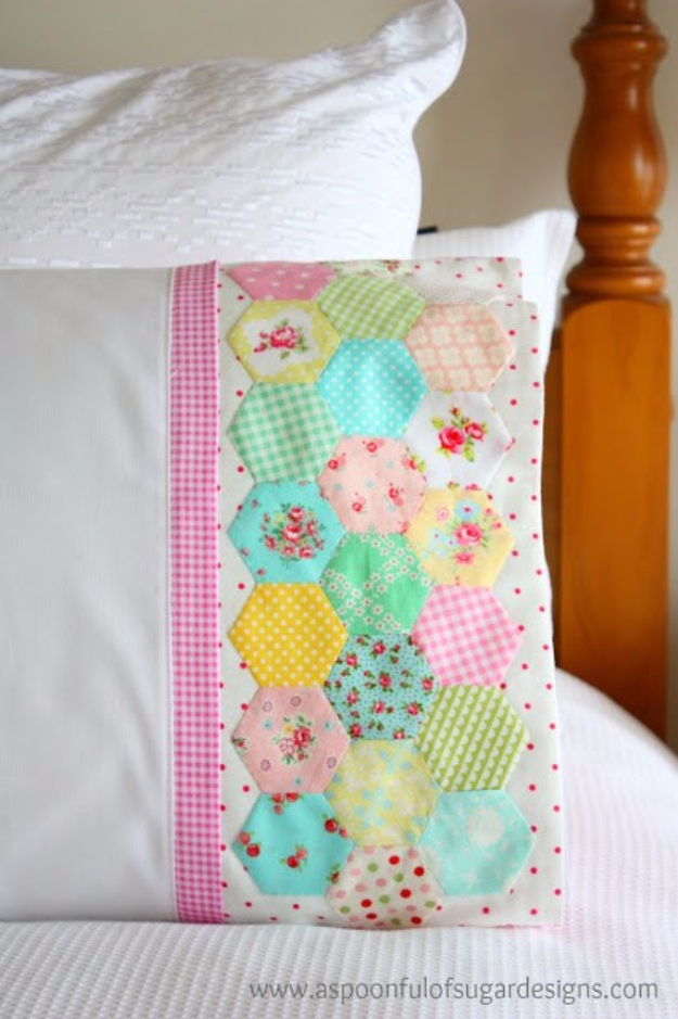 DIY Pillowcases - Hexie Pillowcase - Easy Sewing Projects for Pillows - Bedroom and Home Decor Ideas - Sewing Patterns and Tutorials - No Sew Ideas - DIY Projects and Crafts for Women #sewing #diydecor #pillows