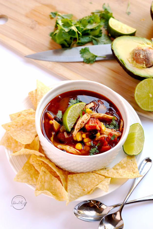 Quick and Healthy Dinner Recipes - Instant Pot Chicken Tortilla Soup - Easy and Fast Recipe Ideas for Dinners at Home - Chicken, Beef, Ground Meat, Pasta and Vegetarian Options - Cheap Dinner Ideas for Family, for Two , for Last Minute Cooking #recipes #healthyrecipes