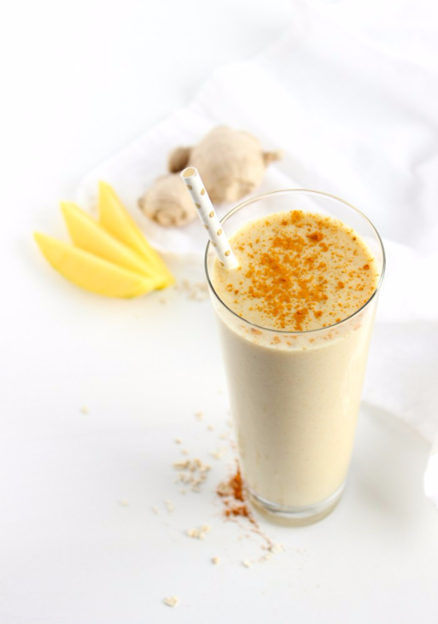 Healthy Smoothie Recipes - Mango Ginger Turmeric Smoothie - Easy ideas perfect for breakfast, energy. Low calorie and high protein recipes for weightloss and to lose weight. Simple homemade recipe ideas that kids love. Quick EASY morning recipes before work and school, after workout #smoothies #healthy #smoothie #healthyrecipes #recipes