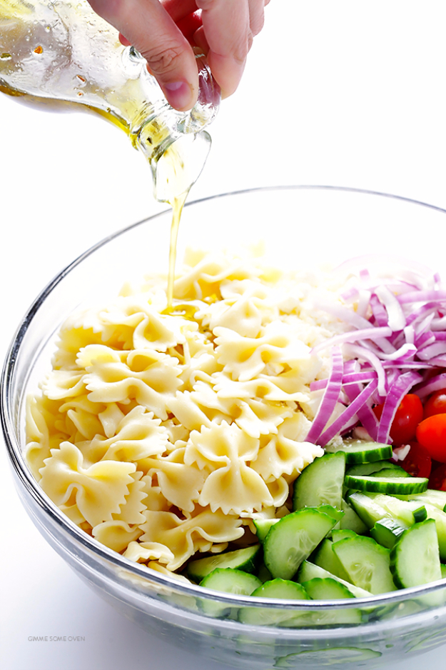 Quick and Healthy Dinner Recipes - Mediterranean Pasta Salad - Easy and Fast Recipe Ideas for Dinners at Home - Chicken, Beef, Ground Meat, Pasta and Vegetarian Options - Cheap Dinner Ideas for Family, for Two , for Last Minute Cooking #recipes #healthyrecipes