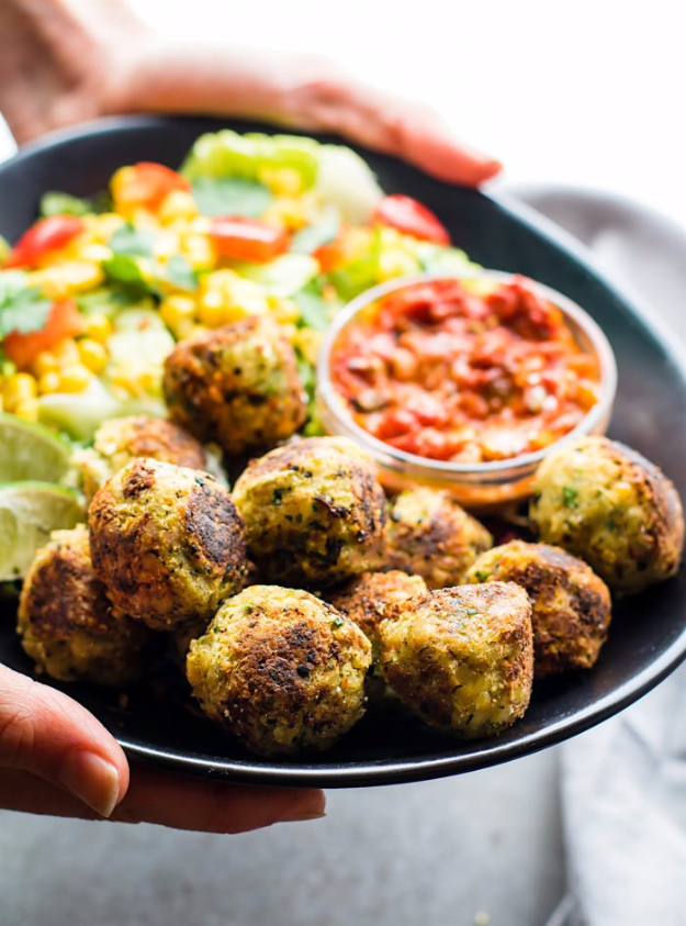 Quick and Healthy Dinner Recipes - Mexican Vegan Falafel Bites - Easy and Fast Recipe Ideas for Dinners at Home - Chicken, Beef, Ground Meat, Pasta and Vegetarian Options - Cheap Dinner Ideas for Family, for Two , for Last Minute Cooking #recipes #healthyrecipes