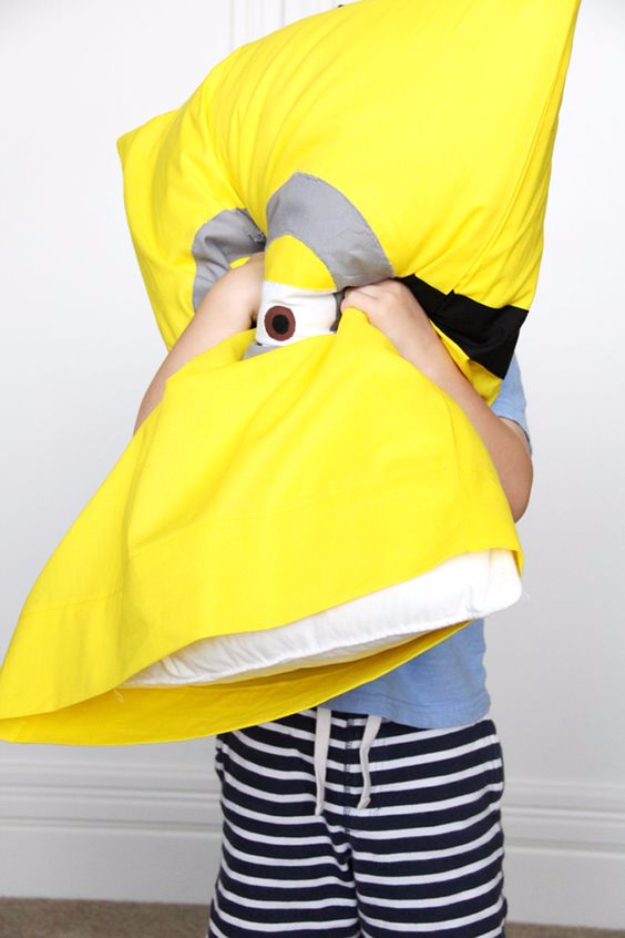DIY Pillowcases - Minion Pillowcase DIY - Easy Sewing Projects for Pillows - Bedroom and Home Decor Ideas - Sewing Patterns and Tutorials - No Sew Ideas - DIY Projects and Crafts for Women #sewing #diydecor #pillows