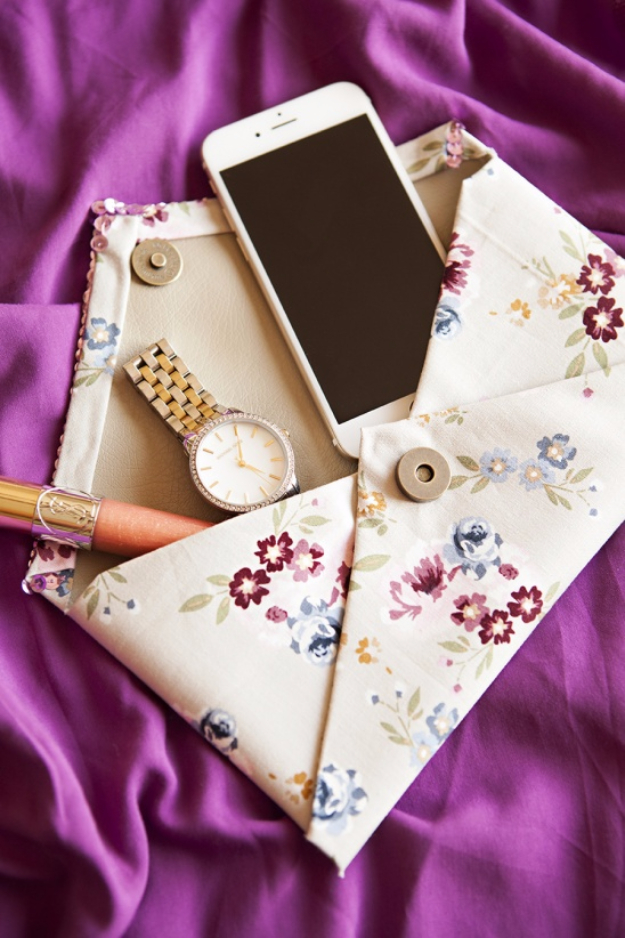 DIY Purses and Handbags - No-Sew Clutch - Homemade Projects to Decorate and Make Purses - Add Paint, Glitter, Buttons and Bling To Your Hand Bags and Purse With These Easy Step by Step Tutorials - Boho, Modern, and Cool Fashion Ideas for Women and Teens #purses #diyclothes #handbags