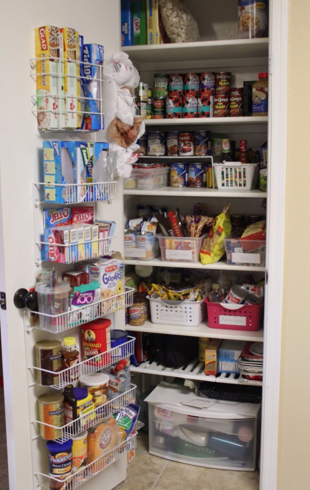 Best Organizing Ideas for the New Year - Pantry Door Organization - Resolutions for Getting Organized - DIY Organizing Projects for Home, Bedroom, Closet, Bath and Kitchen - Easy Ways to Organize Shoes, Clutter, Desk and Closets - DIY Projects and Crafts for Women and Men