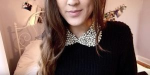 She Makes A Stunning And Classic Peter Pan Collar And You Won't Believe How Easy It Is!