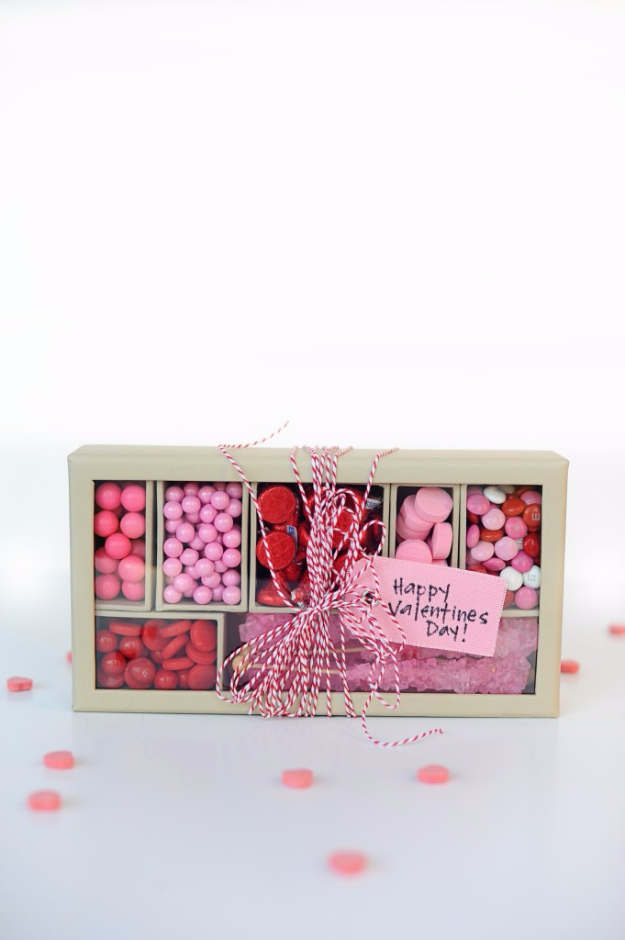 Best DIY Valentines Day Gifts - Pink And Red Candy Box - Cute Mason Jar Valentines Day Gifts and Crafts for Him and Her | Boyfriend, Girlfriend, Mom and Dad, Husband or Wife, Friends - Easy DIY Ideas for Valentines Day for Homemade Gift Giving and Room Decor | Creative Home Decor and Craft Projects for Teens, Teenagers, Kids and Adults