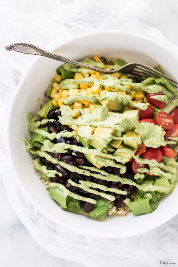 Healthy Lunch Ideas for Work - Quinoa Burrito Bowl - Quick and Easy Recipes You Can Pack for Lunches at the Office - Lowfat and Simple Ideas for Eating on the Job - Microwave, No Heat, Mason Jar Salads, Sandwiches, Wraps, Soups and Bowls http://diyjoy.com/healthy-lunch-ideas-work
