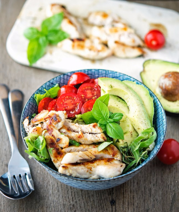 Healthy Lunch Ideas for Work - Shawarma Chicken Bowl With Basil And Lemon - Quick and Easy Recipes You Can Pack for Lunches at the Office - Lowfat and Simple Ideas for Eating on the Job - Microwave, No Heat, Mason Jar Salads, Sandwiches, Wraps, Soups and Bowls