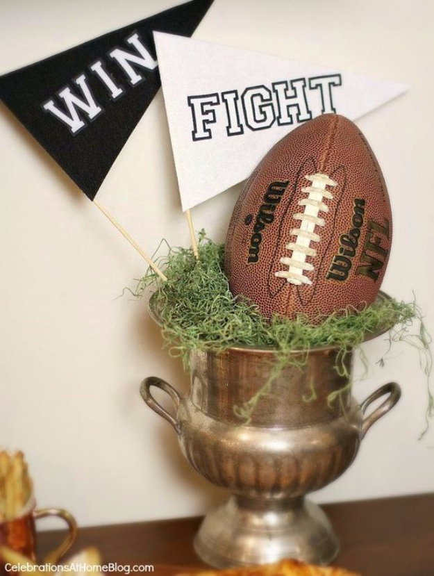DIY Projects for the Sports Fan - Stress Free Football Party - Crafts and DIY Ideas for Men - Football, Baseball, Basketball, Soccer and Golf - Wall Art, DIY Gifts, Easy Gift Ideas, Room and Home Decor #sports #diygifts #giftsformen