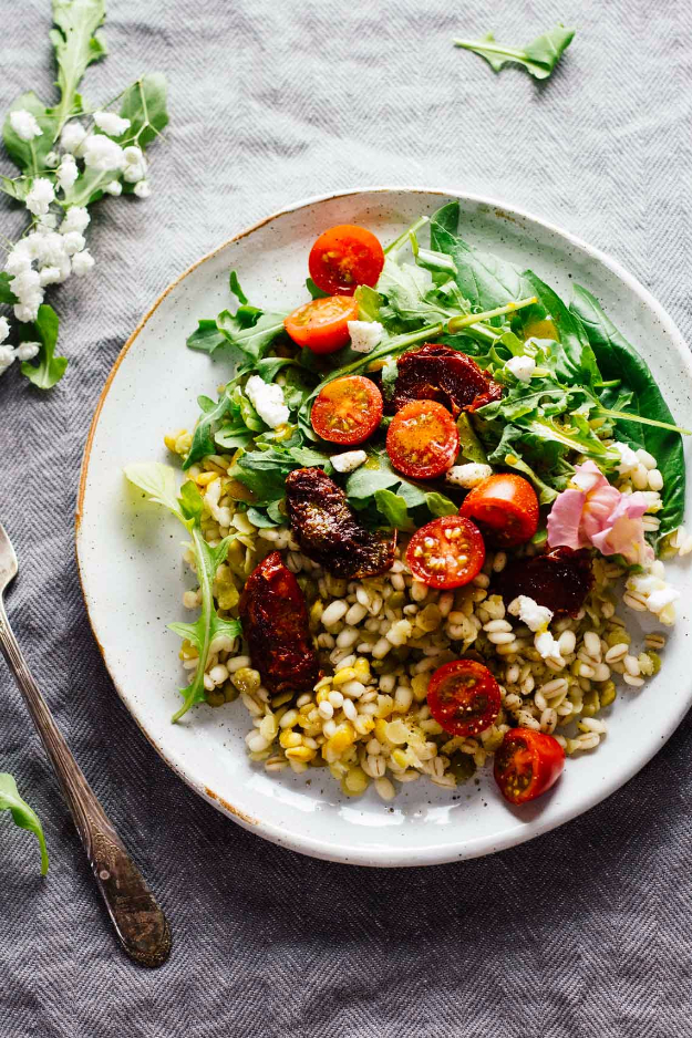 Healthy Lunch Ideas for Work - Sun Dried Tomato Arugula Lentil Salad - Quick and Easy Recipes You Can Pack for Lunches at the Office - Lowfat and Simple Ideas for Eating on the Job - Microwave, No Heat, Mason Jar Salads, Sandwiches, Wraps, Soups and Bowls