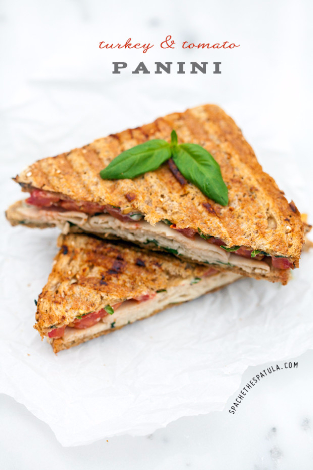 Healthy Lunch Ideas for Work - Turkey And Tomato Panini - Quick and Easy Recipes You Can Pack for Lunches at the Office - Lowfat and Simple Ideas for Eating on the Job - Microwave, No Heat, Mason Jar Salads, Sandwiches, Wraps, Soups and Bowls http://diyjoy.com/healthy-lunch-ideas-work