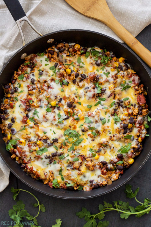 Quick and Healthy Dinner Recipes - Turkey Taco Quinoa Skillet - Easy and Fast Recipe Ideas for Dinners at Home - Chicken, Beef, Ground Meat, Pasta and Vegetarian Options - Cheap Dinner Ideas for Family, for Two , for Last Minute Cooking #recipes #healthyrecipes