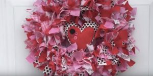 She Uses Her Left Over Scraps To Make This Absolutely Darling Valentines Day Wreath!