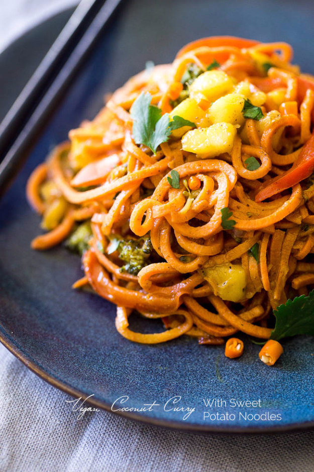 Quick and Healthy Dinner Recipes - Vegan Coconut Curry With Sweet Potato Noodles - Easy and Fast Recipe Ideas for Dinners at Home - Chicken, Beef, Ground Meat, Pasta and Vegetarian Options - Cheap Dinner Ideas for Family, for Two , for Last Minute Cooking #recipes #healthyrecipes