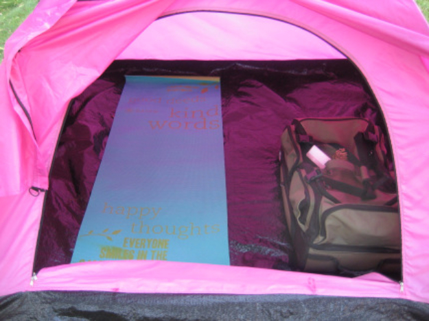 DIY Camping Hacks - Yoga Mat Makes A Great Cushion - Easy Tips and Tricks, Recipes for Camping - Gear Ideas, Cheap Camping Supplies, Tutorials for Making Quick Camping Food, Fire Starters, Gear Holders #diy #camping