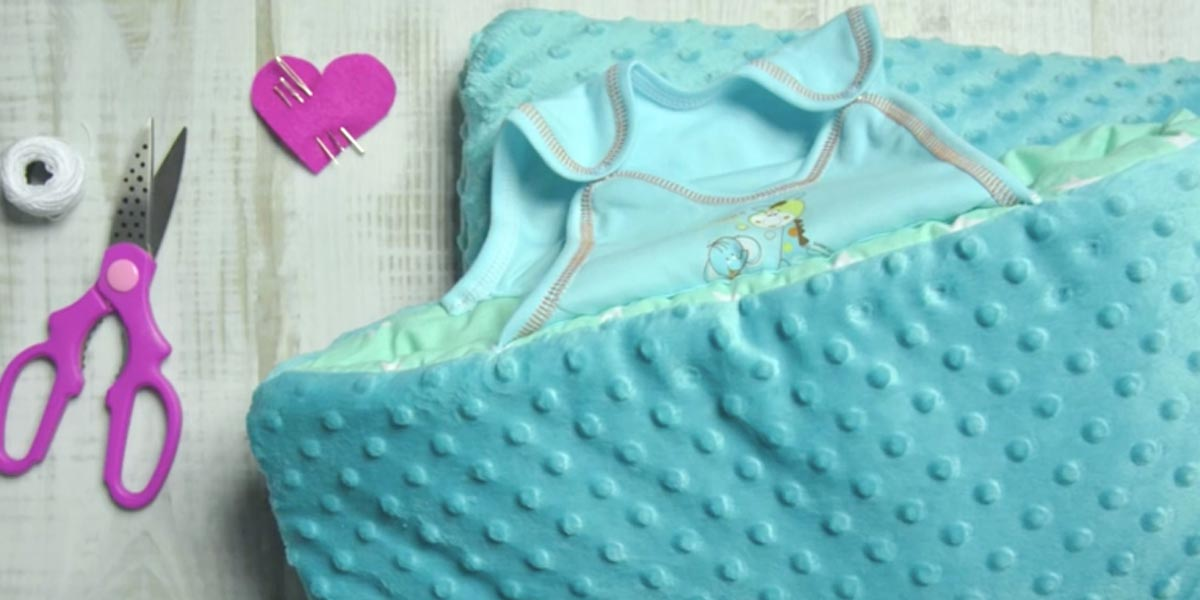 Keep Your Little One Snuggled With This Diy Baby Sleeping Bag