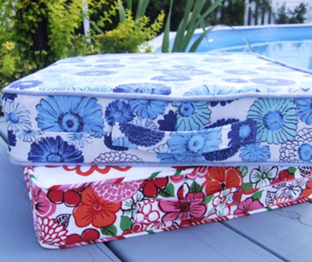 Sewing Projects for The Patio - Box Cushion DIY - Step by Step Instructions and Free Patterns for Cushions, Pillows, Seating, Sofa and Outdoor Patio Decor - Easy Sewing Tutorials for Beginners - Creative and Cheap Outdoor Ideas for Those Who Love to Sew - DIY Projects and Crafts by DIY JOY #diydecor #diyhomedecor #sewing