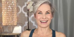 How She Does Classic Makeup On A Mature Face…