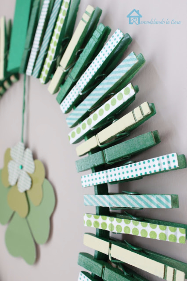DIY St Patricks Day Ideas - Clothespin Wreath - Food and Best Recipes, Decorations and Home Decor, Party Ideas - Cupcakes, Drinks, Festive St Patrick Day Parties With these Easy, Quick and Cool Crafts and DIY Projects http://diyjoy.com/st-patricks-day-ideas