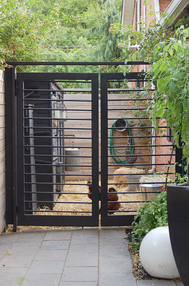 DIY Fences and Gates - Coop Gate DIY - How To Make Easy Fence and Gate Project for Backyard and Home - Step by Step Tutorial and Ideas for Painting, Updating and Making Fences and DIY Gate - Cool Outdoors and Yard Projects http://diyjoy.com/diy-fences-gates