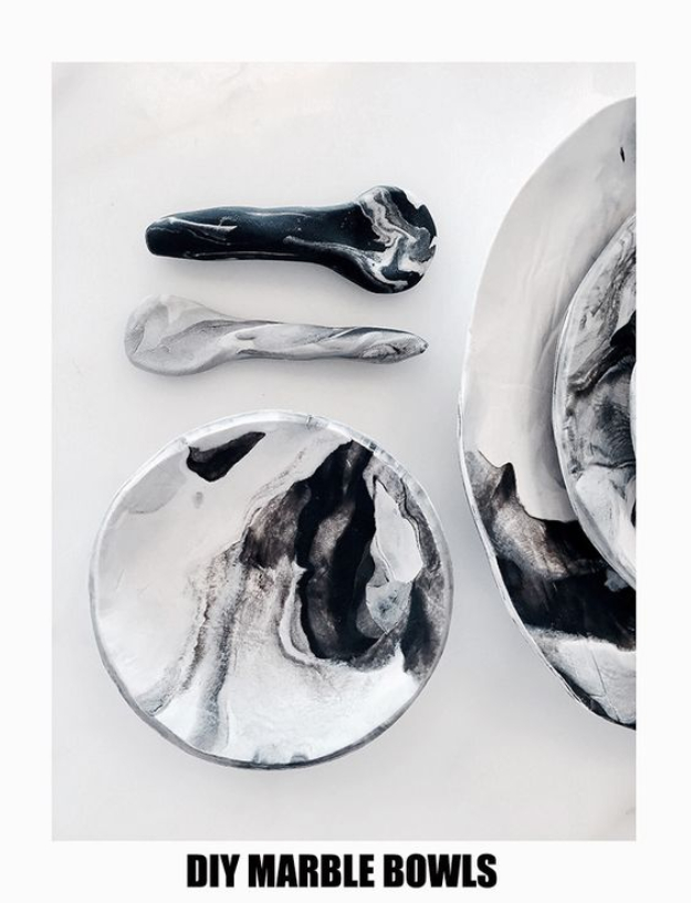 DIY Faux Marble Ideas - DIY Faux Marble Mini Bowls - Easy Crafts and DIY Projects With Faux Marbling Tutorials - Paint and Decorate Home Decor, Creative DIY Gifts and Office Accessories c