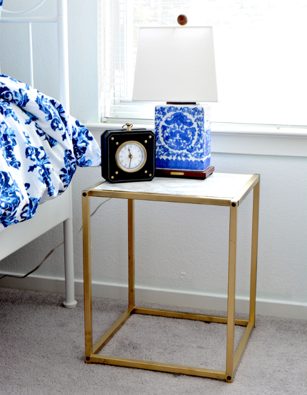 DIY Faux Marble Ideas - DIY Gold And Faux Marble Nightstand - Easy Crafts and DIY Projects With Faux Marbling Tutorials - Paint and Decorate Home Decor, Creative DIY Gifts and Office Accessories