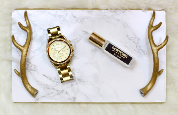 DIY Faux Marble Ideas - DIY Gold And Marble Tray - Easy Crafts and DIY Projects With Faux Marbling Tutorials - Paint and Decorate Home Decor, Creative DIY Gifts and Office Accessories