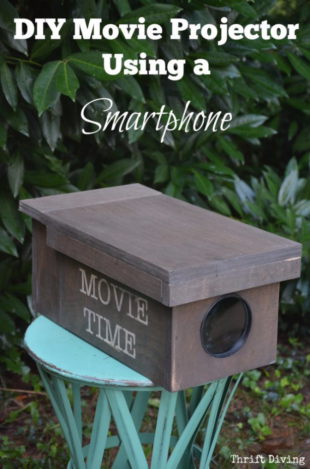 DIY Phone Hacks - DIY Movie Projector For Your Smartphone - Cool Tips and Tricks for Phones, Headphones and iPhone How To - Make Speakers, Change Settings, Know Secrets You Can Do With Your Phone By Learning This Cool Stuff - DIY Projects and Crafts for Men and Women http://diyjoy.com/diy-iphone-hacks