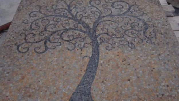 Pebble and Stone Crafts - DIY Tree Of Life - DIY Ideas Using Rocks, Stones and Pebble Art - Mosaics, Craft Projects, Home Decor, Furniture and DIY Gifts You Can Make On A Budget #crafts