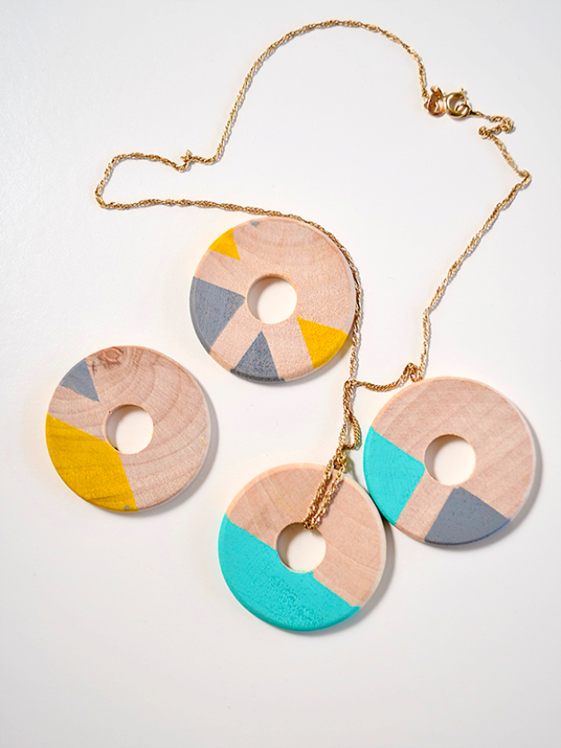 DIY Sharpie Crafts - DIY Wooden Jewelry - Cool and Easy Craft Projects and DIY Ideas Using Sharpies - Use Markers To Decorate and Design Home Decor, Cool Homemade Gifts, T-Shirts, Shoes and Wall Art. Creative Project Tutorials for Teens, Kids and Adults http://diyjoy.com/diy-sharpie-crafts