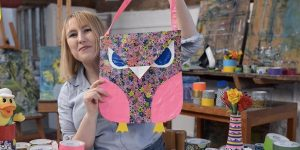 She Makes The Most Adorable Owl Tote Bag Out Of Duct Tape (Watch!)