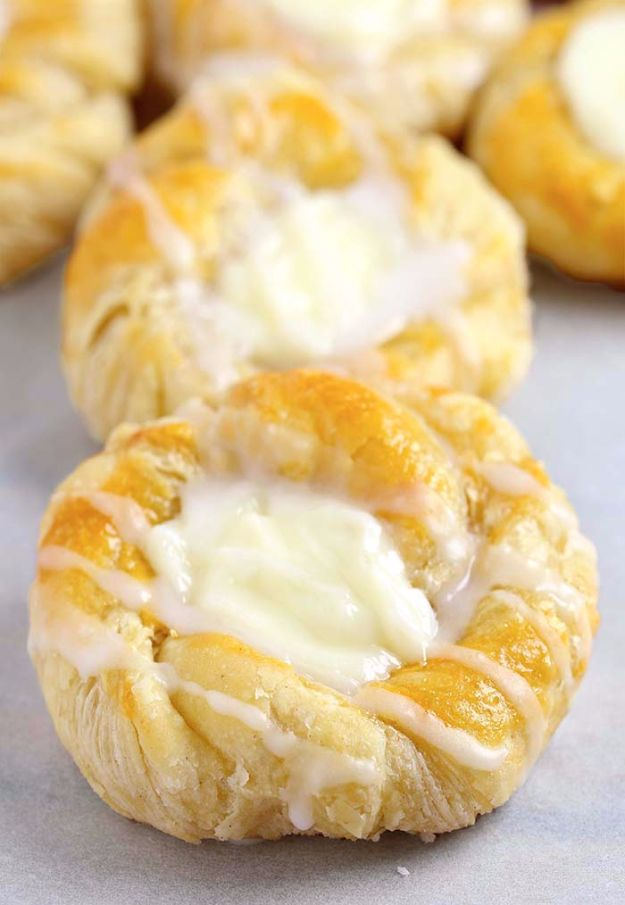 Best Crescent Roll Recipes - Easy Cream Cheese Danish - Easy Homemade Dinner Recipe Ideas With Cresent Rolls, Breakfast, Snack, Appetizers and Dessert - With Chicken and Ground Beef, Hot Dogs, Pizza, Garlic Taco, Sweet Desserts - DIY Projects and Crafts by DIY JOY http://diyjoy.com/crescent-roll-recipes