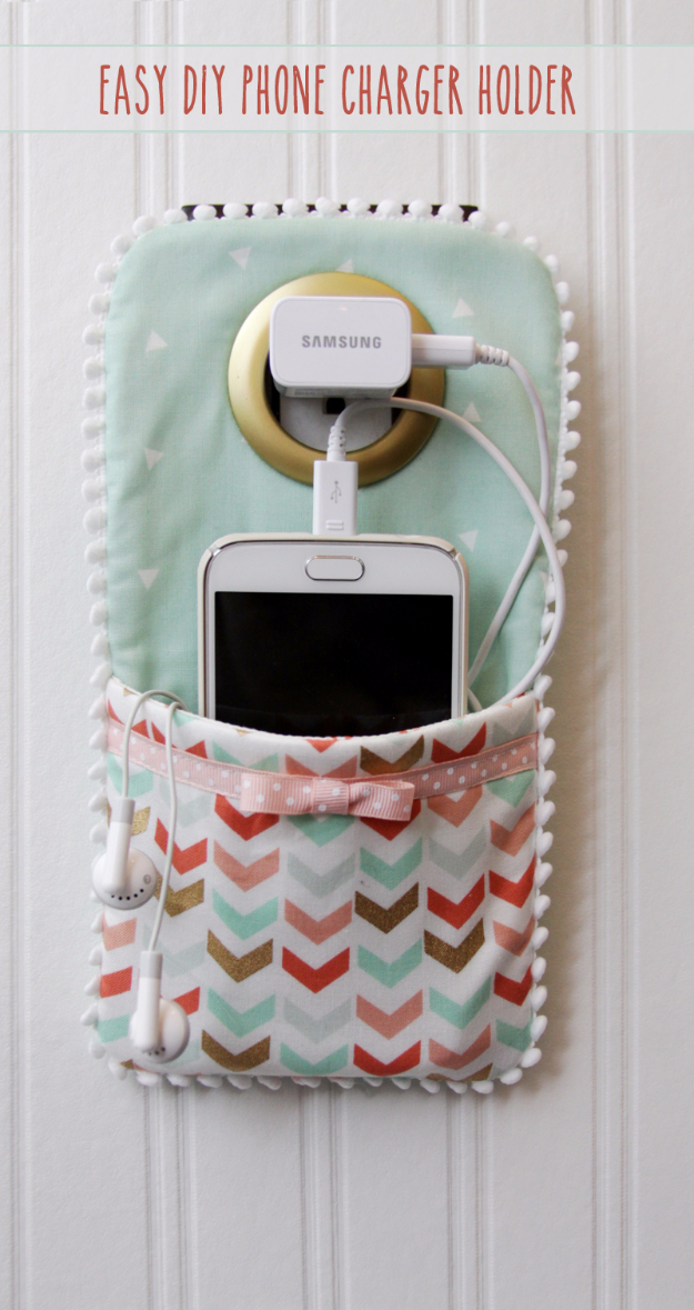 DIY Phone Hacks - Easy DIY Phone Charger Holder - Cool Tips and Tricks for Phones, Headphones and iPhone How To - Make Speakers, Change Settings, Know Secrets You Can Do With Your Phone By Learning This Cool Stuff - DIY Projects and Crafts for Men and Women http://diyjoy.com/diy-iphone-hacks