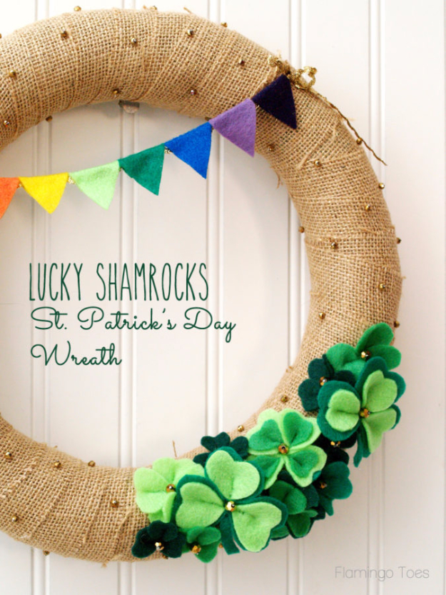DIY St Patricks Day Ideas - Lucky Shamrocks St. Patrick's Day Wreath - Food and Best Recipes, Decorations and Home Decor, Party Ideas - Cupcakes, Drinks, Festive St Patrick Day Parties With these Easy, Quick and Cool Crafts and DIY Projects http://diyjoy.com/st-patricks-day-ideas