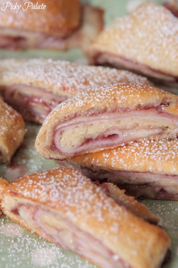Best Crescent Roll Recipes - Monte Cristo Crescent Roll Ups - Easy Homemade Dinner Recipe Ideas With Cresent Rolls, Breakfast, Snack, Appetizers and Dessert - With Chicken and Ground Beef, Hot Dogs, Pizza, Garlic Taco, Sweet Desserts #recipes