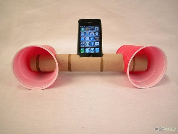 DIY Phone Hacks - Paper Cup Iphone Speakers - Cool Tips and Tricks for Phones, Headphones and iPhone How To - Make Speakers, Change Settings, Know Secrets You Can Do With Your Phone By Learning This Cool Stuff - DIY Projects and Crafts for Men and Women http://diyjoy.com/diy-iphone-hacks