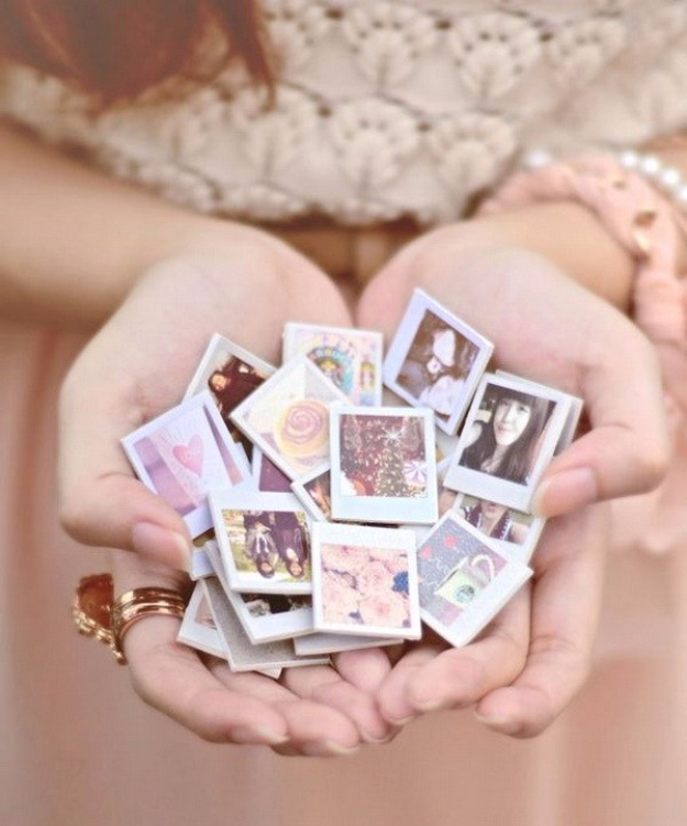 DIY Photo Crafts and Projects for Pictures - Photo Mini Magnets - Handmade Picture Frame Ideas and Step by Step Tutorials for Making Cool DIY Gifts and Home Decor - Cheap and Easy Photo Frames, Creative Ways to Frame and Mount Photos on Canvas and Display Them In Your House http://diyjoy.com/handmade-photo-crafts