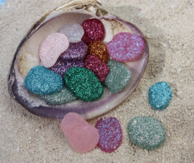 Pebble and Stone Crafts - Pixie Pebbles- DIY Ideas Using Rocks, Stones and Pebble Art - Mosaics, Craft Projects, Home Decor, Furniture and DIY Gifts You Can Make On A Budget #crafts