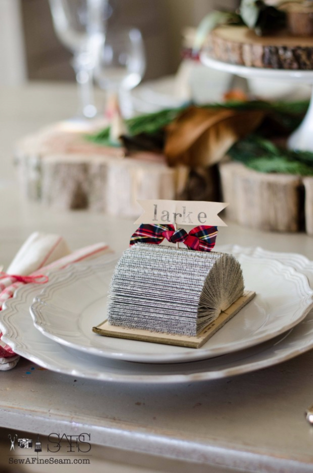 DIY Projects Made With Old Books - Place Card Holders Made Out Of Old Books - Make DIY Gifts, Crafts and Home Decor With Old Book Pages and Hardcover and Paperbacks - Easy Shelving, Decorations, Wall Art and Centerpices with BOOKS http://diyjoy.com/diy-projects-old-books