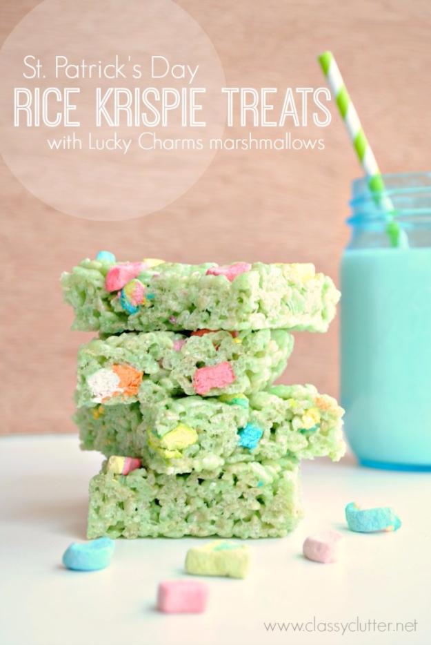 DIY St Patricks Day Ideas - Rice Krispie Treats - Food and Best Recipes, Decorations and Home Decor, Party Ideas - Cupcakes, Drinks, Festive St Patrick Day Parties With these Easy, Quick and Cool Crafts and DIY Projects http://diyjoy.com/st-patricks-day-ideas