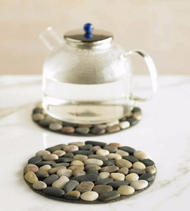 Pebble and Stone Crafts - Rock Coaster - DIY Ideas Using Rocks, Stones and Pebble Art - Mosaics, Craft Projects, Home Decor, Furniture and DIY Gifts You Can Make On A Budget #crafts