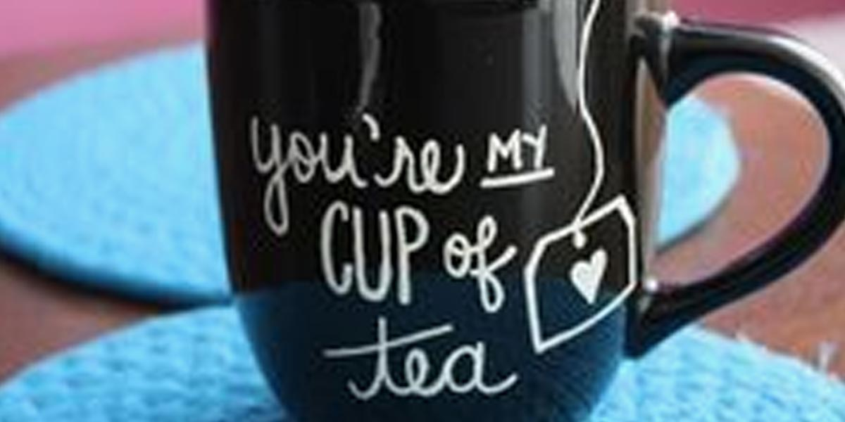 DIY Sharpie Crafts - DIY Sharpie Mug - Cool and Easy Craft Projects and DIY Ideas Using Sharpies - Use Markers To Decorate and Design Home Decor, Cool Homemade Gifts, T-Shirts, Shoes and Wall Art. Creative Project Tutorials for Teens, Kids and Adults http://diyjoy.com/diy-sharpie-crafts