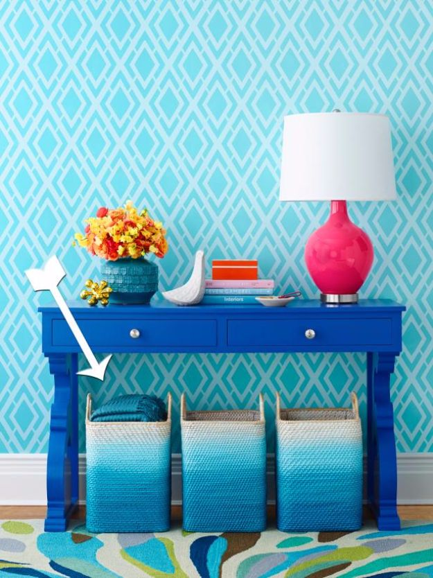 Spray Painting Tips and Tricks - Spray Painting Ombre Baskets - Home Improvement Ideas and Tutorials for Spray Painting Furniture, House, Doors, Trim, Windows and Walls - Step by Step Tutorials and Best How To Instructions - DIY Projects and Crafts by DIY JOY #diyideas