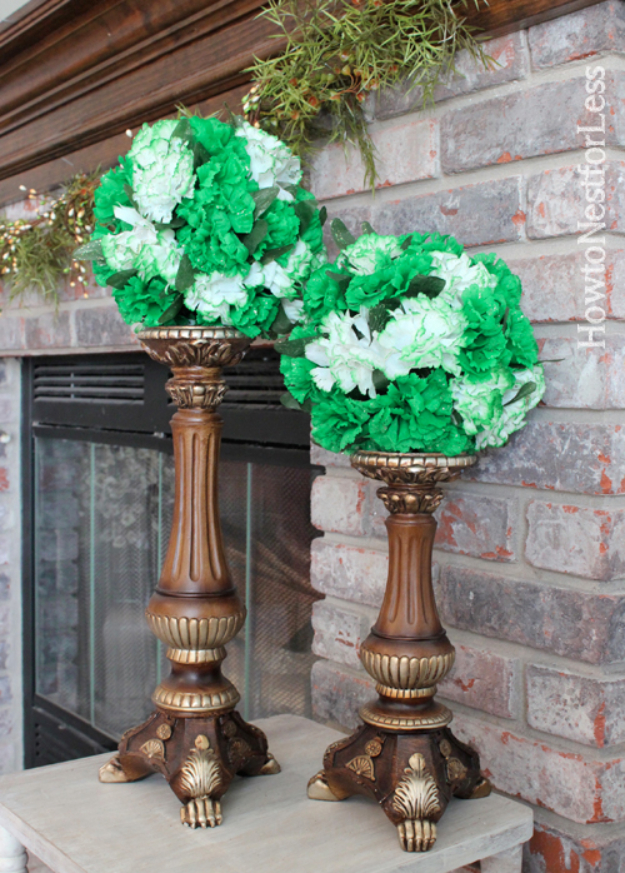 DIY St Patricks Day Ideas - St. Patrick's Day Kissing Balls - Food and Best Recipes, Decorations and Home Decor, Party Ideas - Cupcakes, Drinks, Festive St Patrick Day Parties With these Easy, Quick and Cool Crafts and DIY Projects http://diyjoy.com/st-patricks-day-ideas